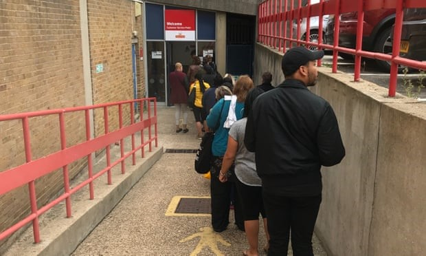 Royal Mail queues lengthen as depots close across UK
